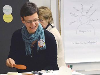 Esther Schaefer moderiert Training